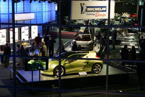 2006-naias-michelin-challenge-design-press-conf-021